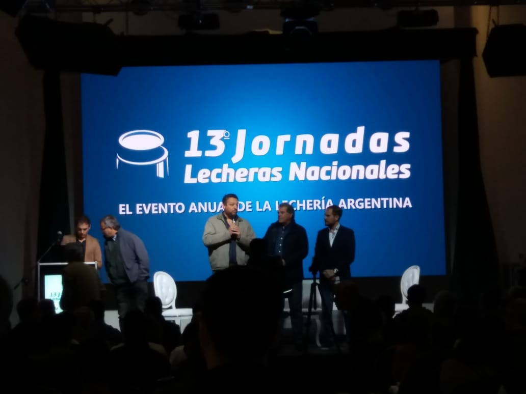 RODEG en las 13º jornadas lecheras nacionales en Villa Maria, Córdoba