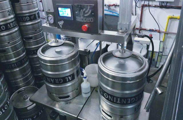 Lavadora Automática de Barriles de Cerveza en Volk