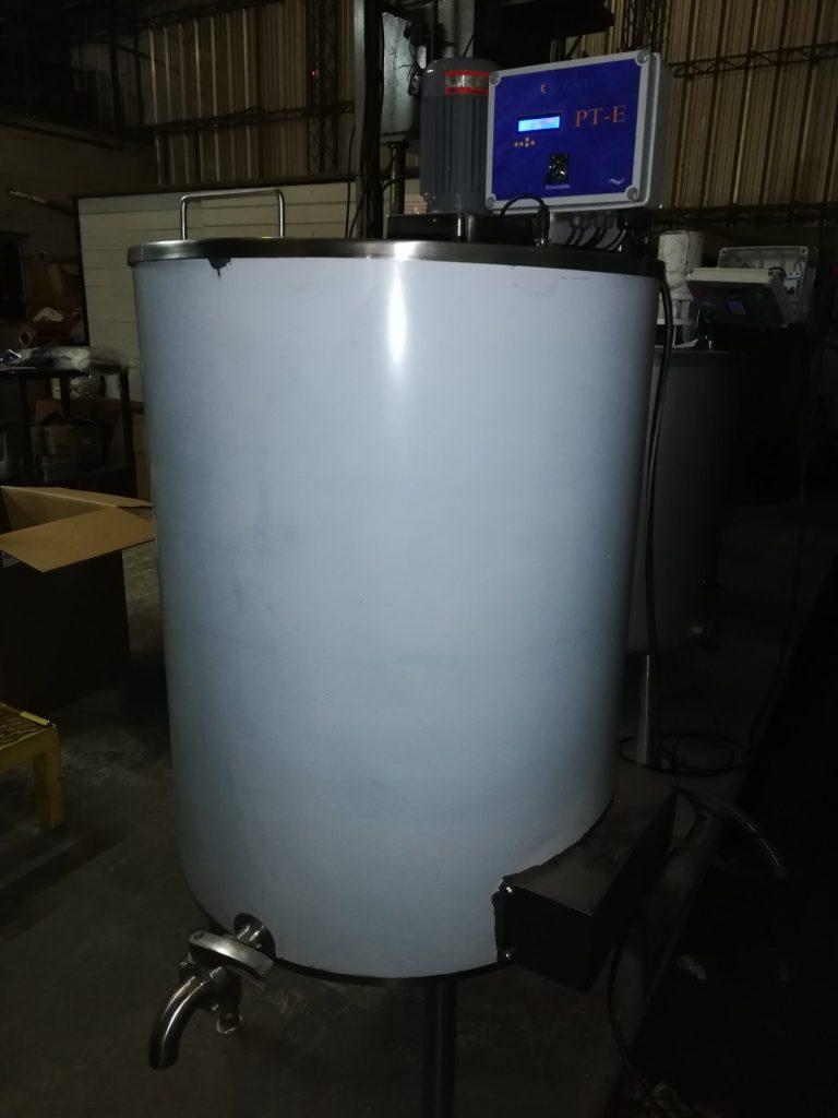 Pasteurizador de tina para leche y calostro de 300 Lts. en Arroyito (Córdoba)