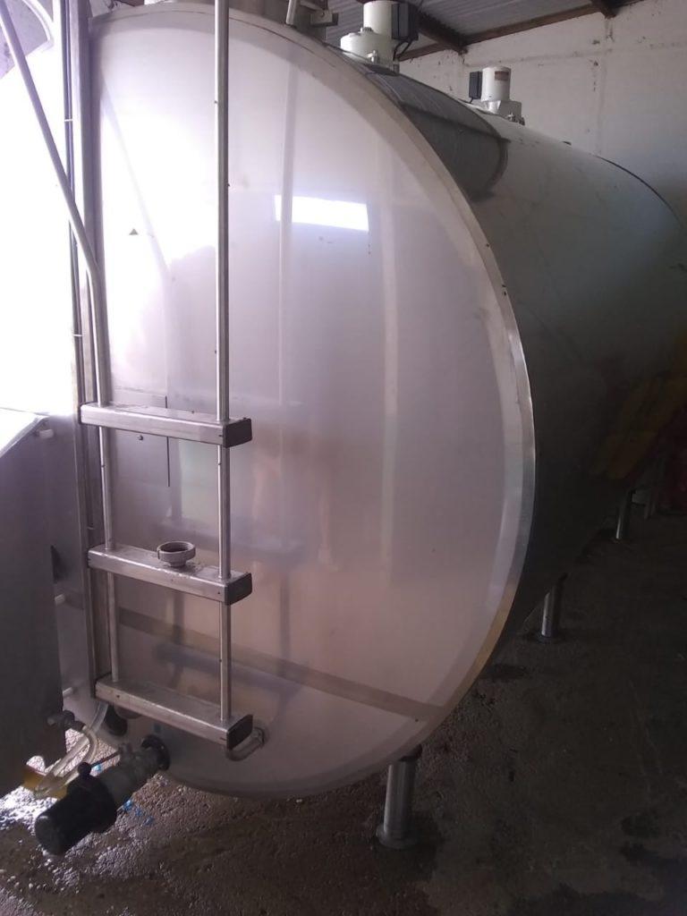 Instalación de Equipo Frío tipo Cisterna de 8.000 Litros con Lavado Automático Programable en Pozo del Molle, Córdoba