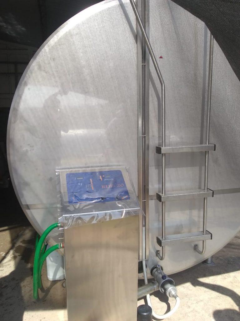 Instalamos enfriador de leche tipo Cisterna de 10000 Lts con sistema de lavado automatico