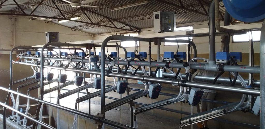 Instalación de 10 Brazos de Posicionamientos con Extractores en Falicia (Santa Fe)