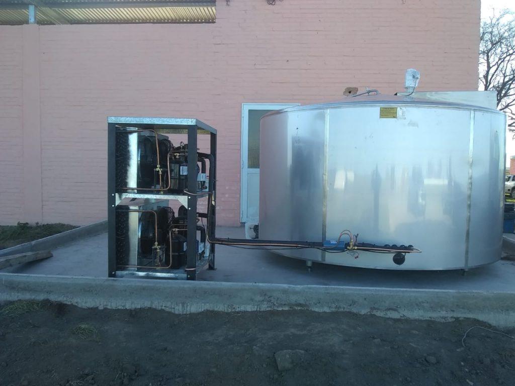 Instalamos Enfriador de leche tipo Cuba de 8.000 Lts en Pergamino